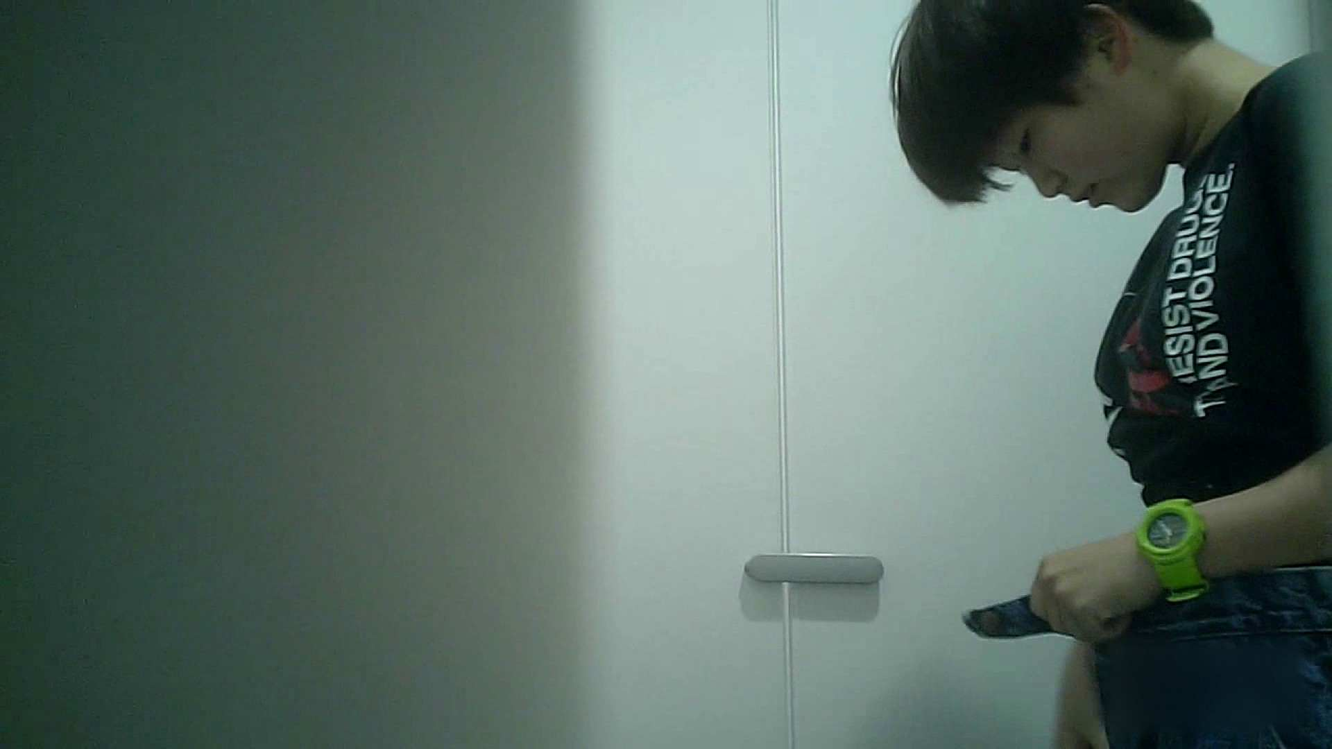 ハメ撮り|有名大学女性洗面所 vol.38 おやっ!お着替えシーンもいただきましたよ。|のぞき本舗 中村屋