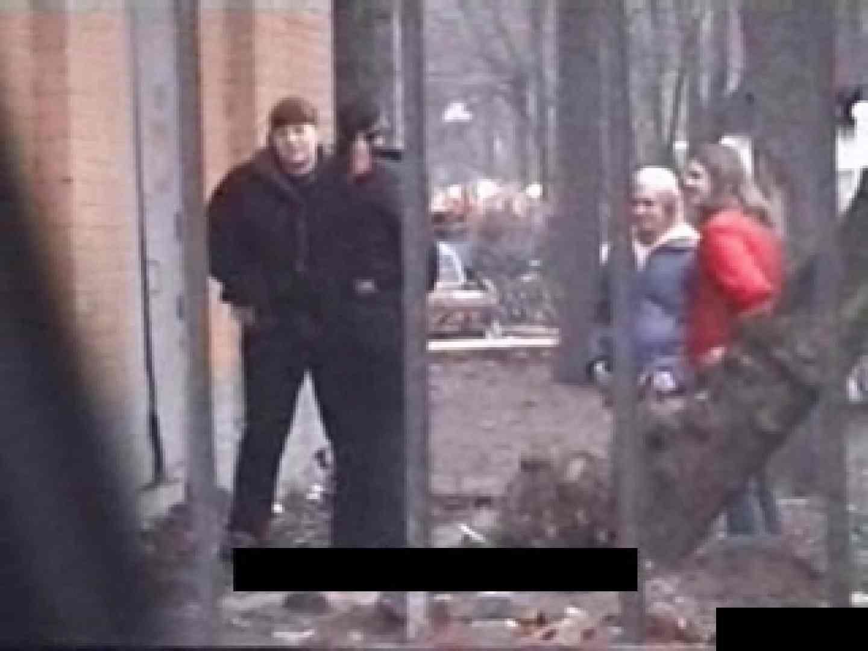 ハメ撮り 白人さんの野外排泄盗撮vol.1 のぞき本舗 中村屋