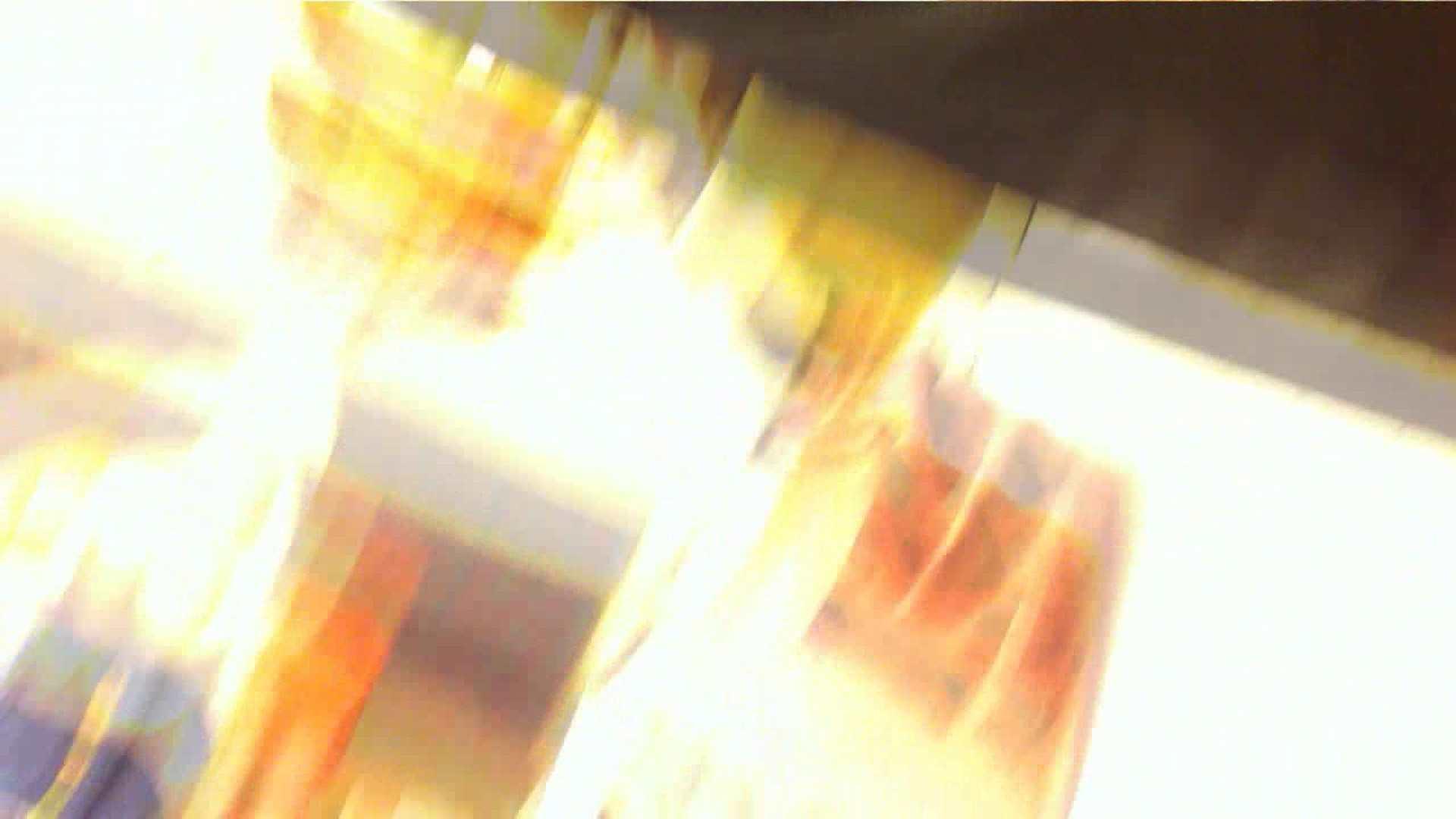 可愛いカリスマ店員限定‼胸チラ&パンチラ vol.25 チラ 盗撮動画紹介 84画像 33