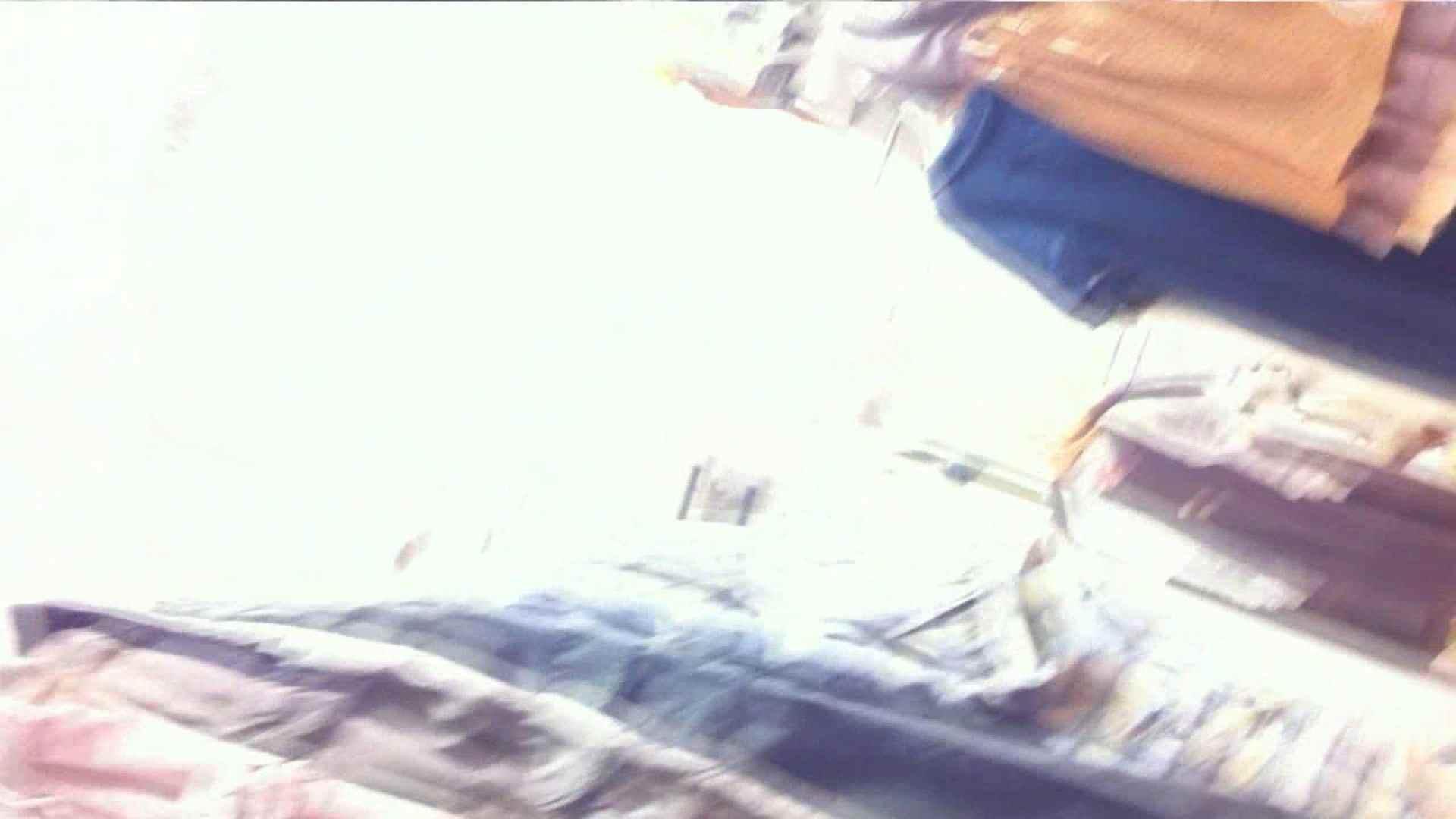 可愛いカリスマ店員限定‼胸チラ&パンチラ vol.26 おまんこ無修正 盗撮画像 107画像 100