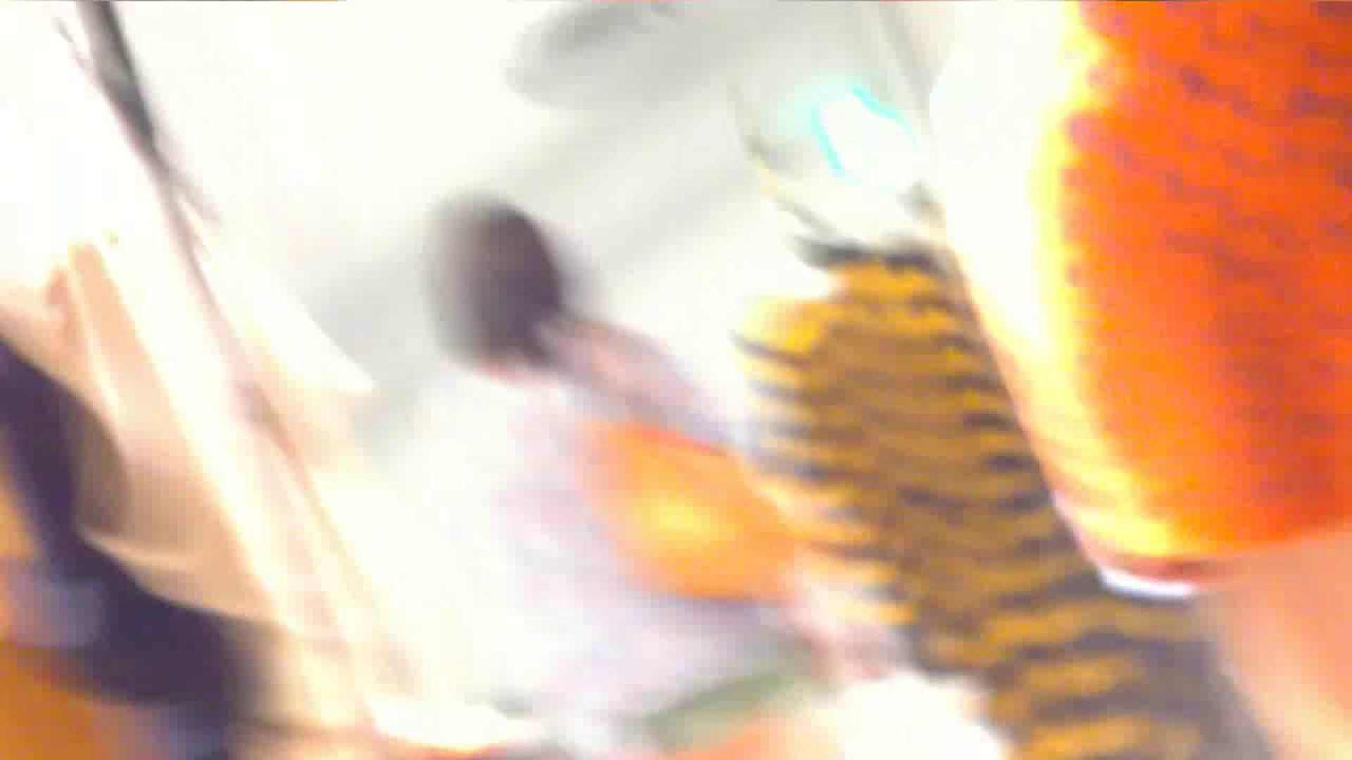 あれこのショップ‼あのカリスマ店員‼今日は黒パンツ‼ チラ  100画像 54