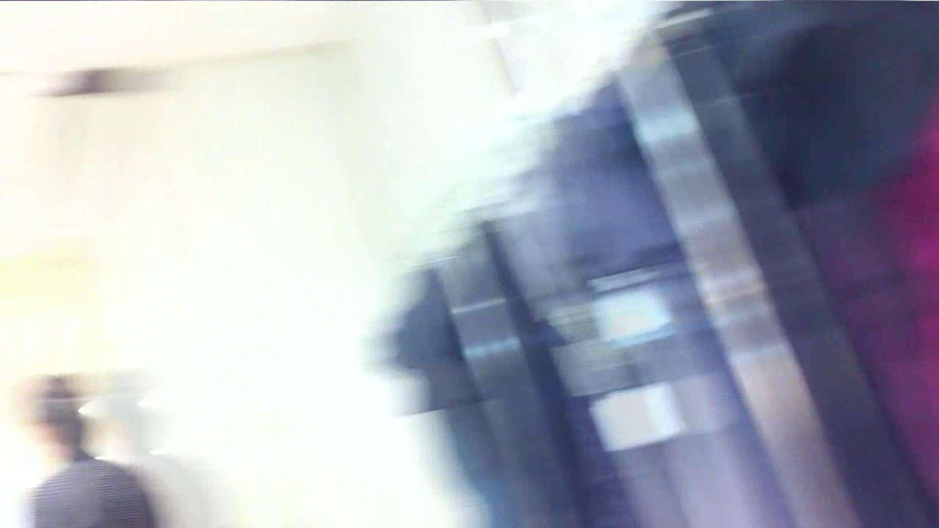 あれこのショップ‼あのカリスマ店員‼今日は黒パンツ‼ チラ  100画像 69