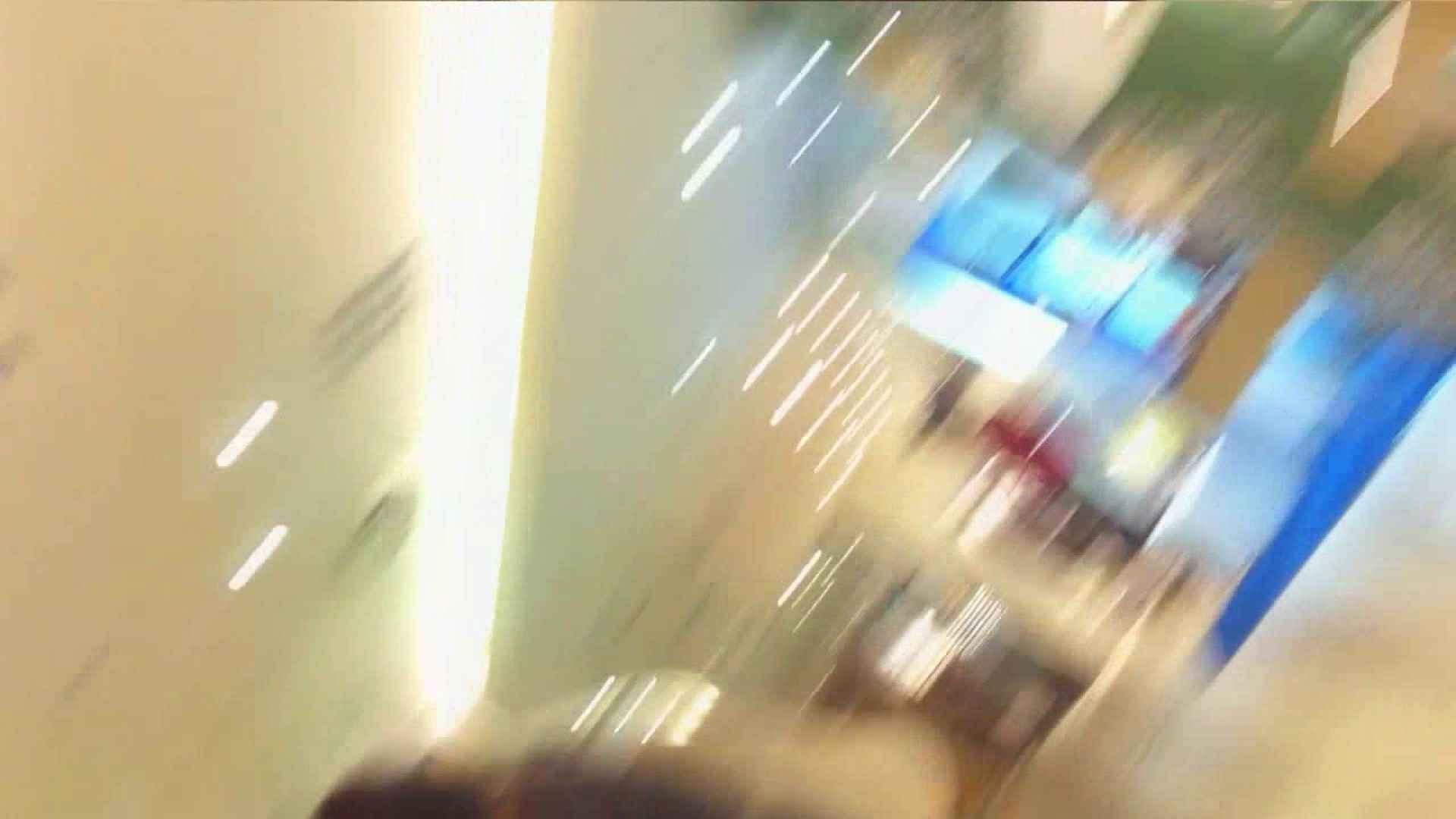 vol.40 美人アパレル胸チラ&パンチラ もっこりパンチラ! エロティックなOL 盗み撮り動画 91画像 62