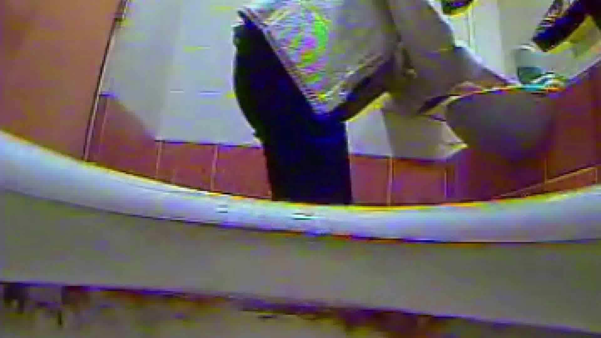 キレカワ女子大生の秘密の洗面所!Vol.011 洗面所はめどり 盗撮動画紹介 56画像 27