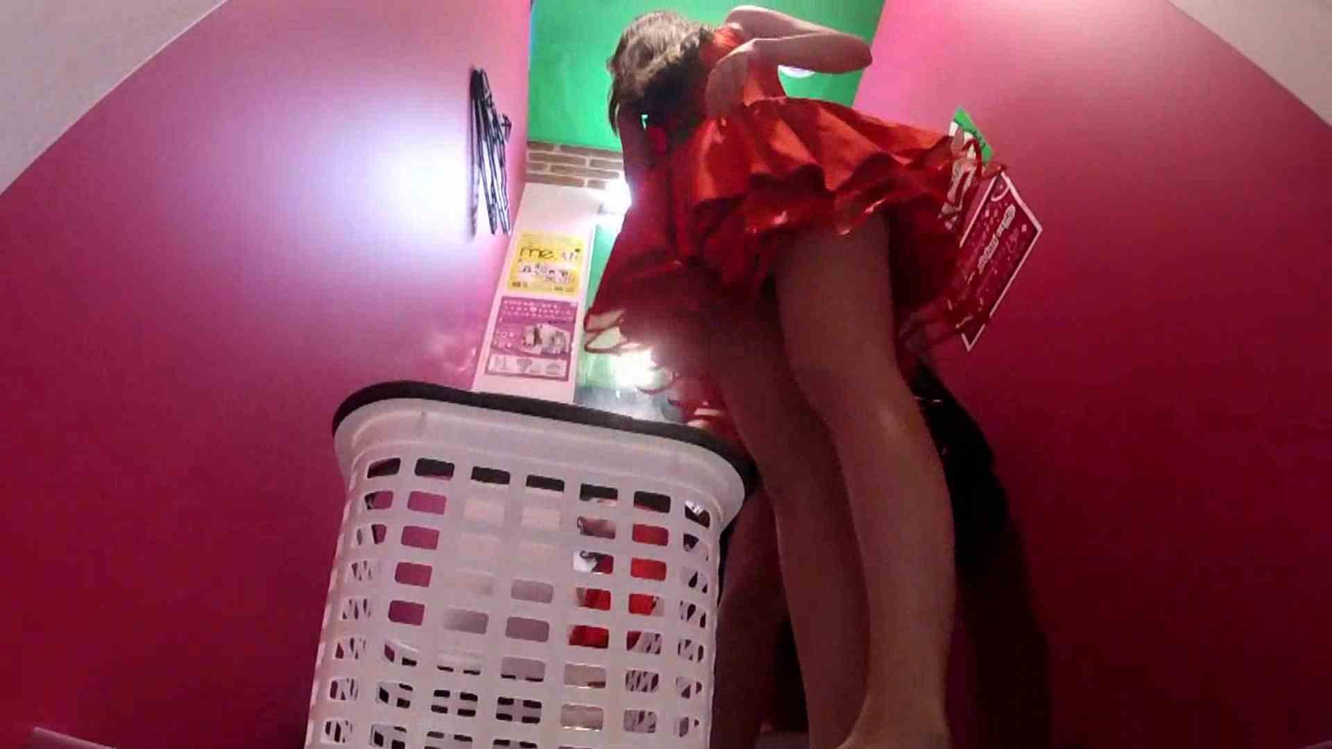 夢見る乙女の試着室 Vol.24 エロティックなOL 盗み撮り動画 55画像 35