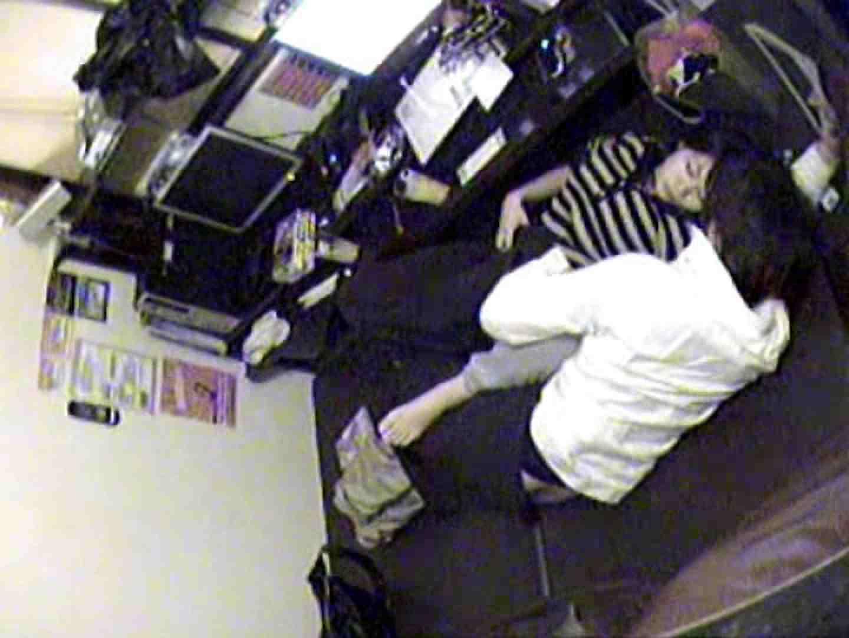 インターネットカフェの中で起こっている出来事 vol.010 エロティックなOL オマンコ動画キャプチャ 73画像 29