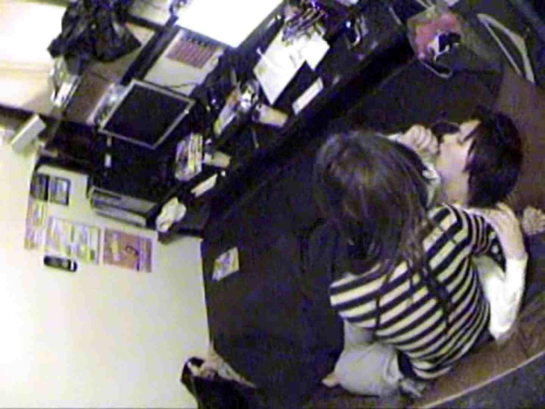 インターネットカフェの中で起こっている出来事 vol.010 カップル盗撮 | プライベート  73画像 37