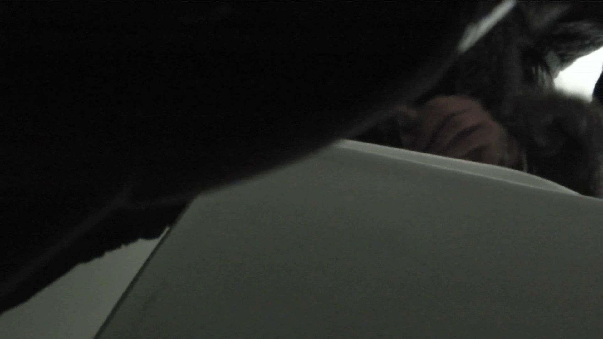 日本成人用品展览会。vol.02 着替えシーンもありマス エロティックなOL 盗み撮り動画 92画像 34