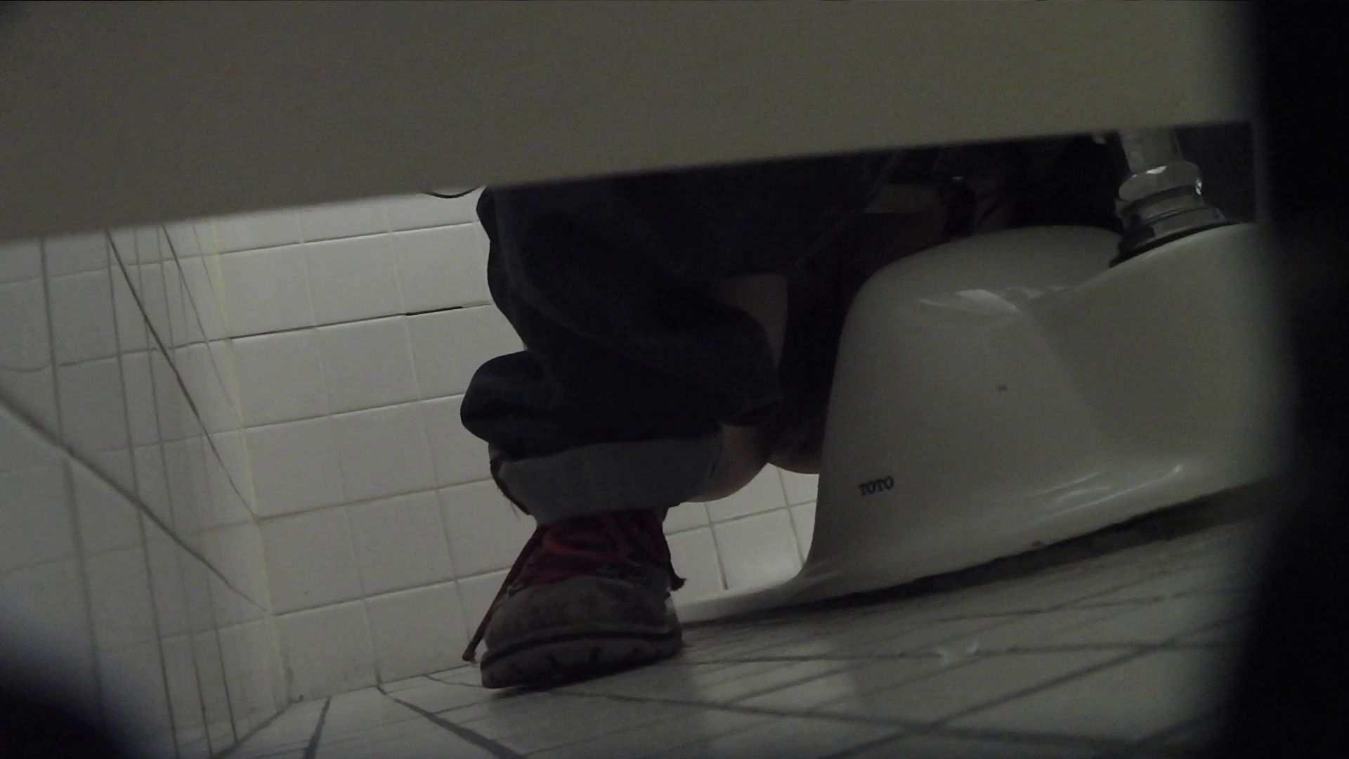 vol.08 命がけ潜伏洗面所! 黒ストッキングが流行りです。 洗面所はめどり のぞき動画キャプチャ 64画像 2