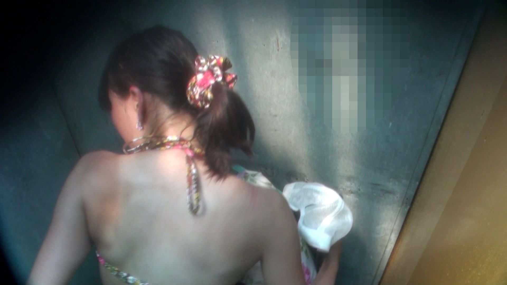シャワールームは超!!危険な香りVol.16 意外に乳首は年増のそれ 脱衣所の着替え えろ無修正画像 105画像 18