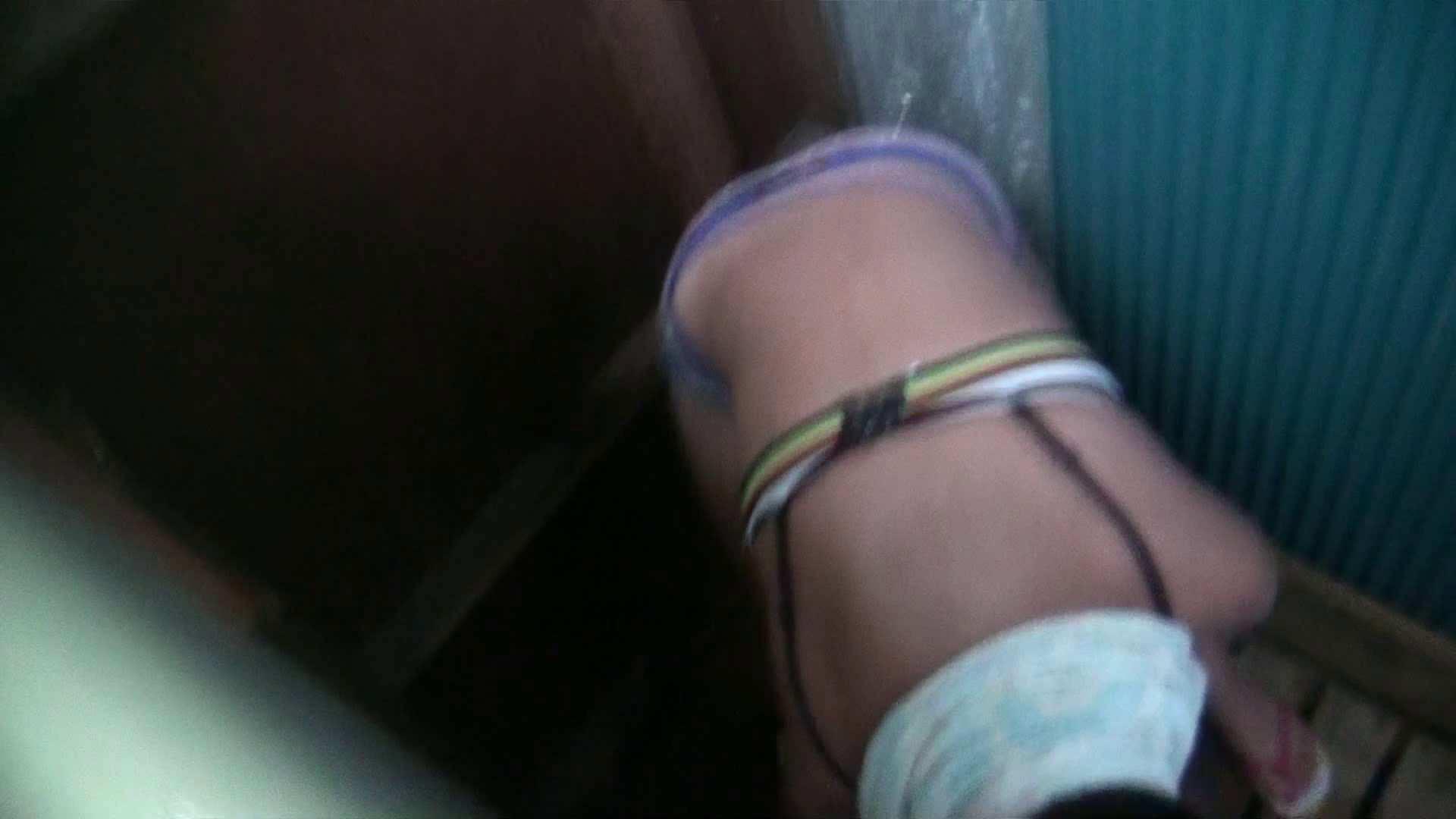 シャワールームは超!!危険な香りVol.17 ガーリーなビキニと下着に興奮です! 脱衣所の着替え   高画質モード  69画像 49