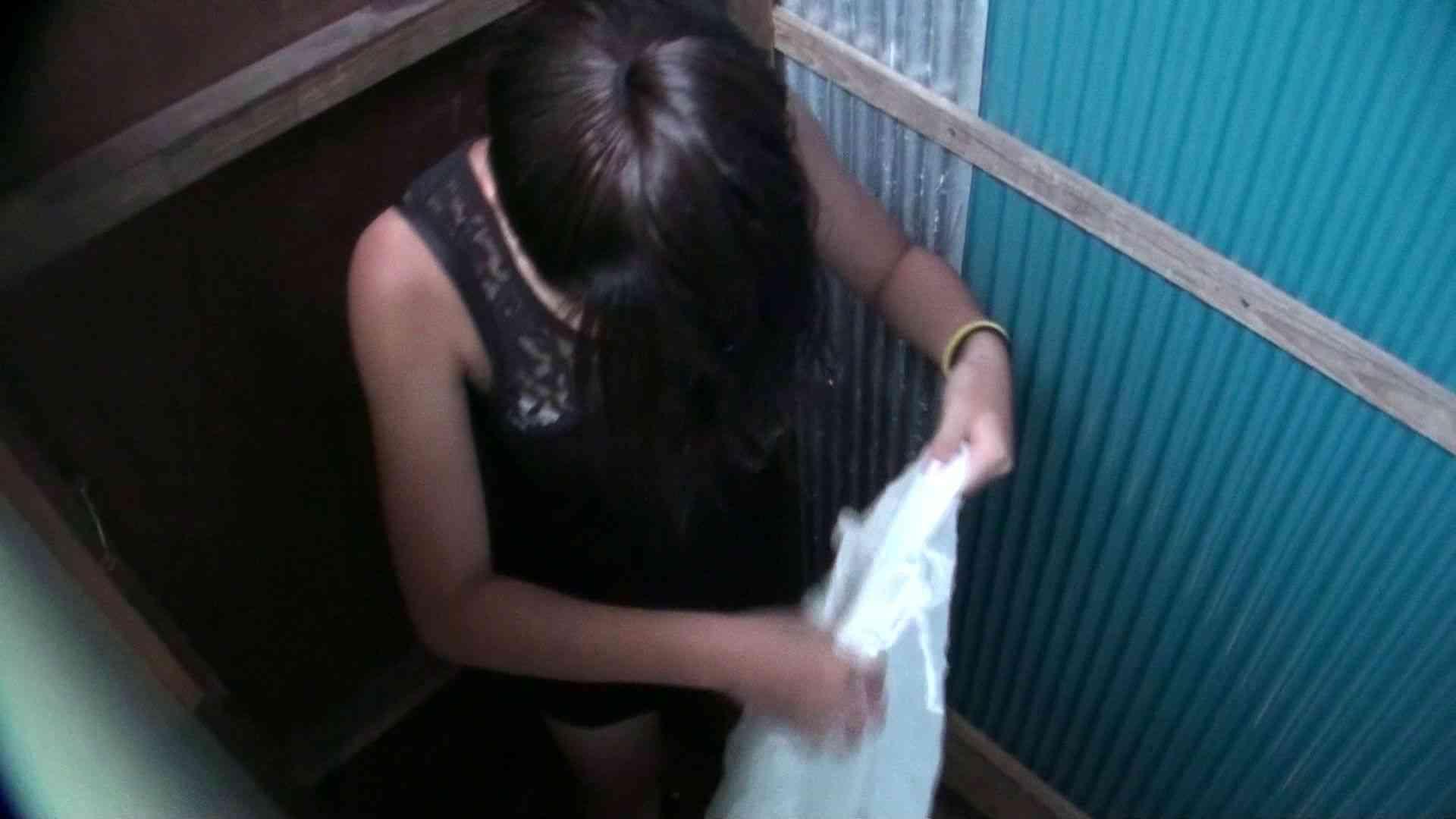 シャワールームは超!!危険な香りVol.17 ガーリーなビキニと下着に興奮です! 脱衣所の着替え   高画質モード  69画像 61