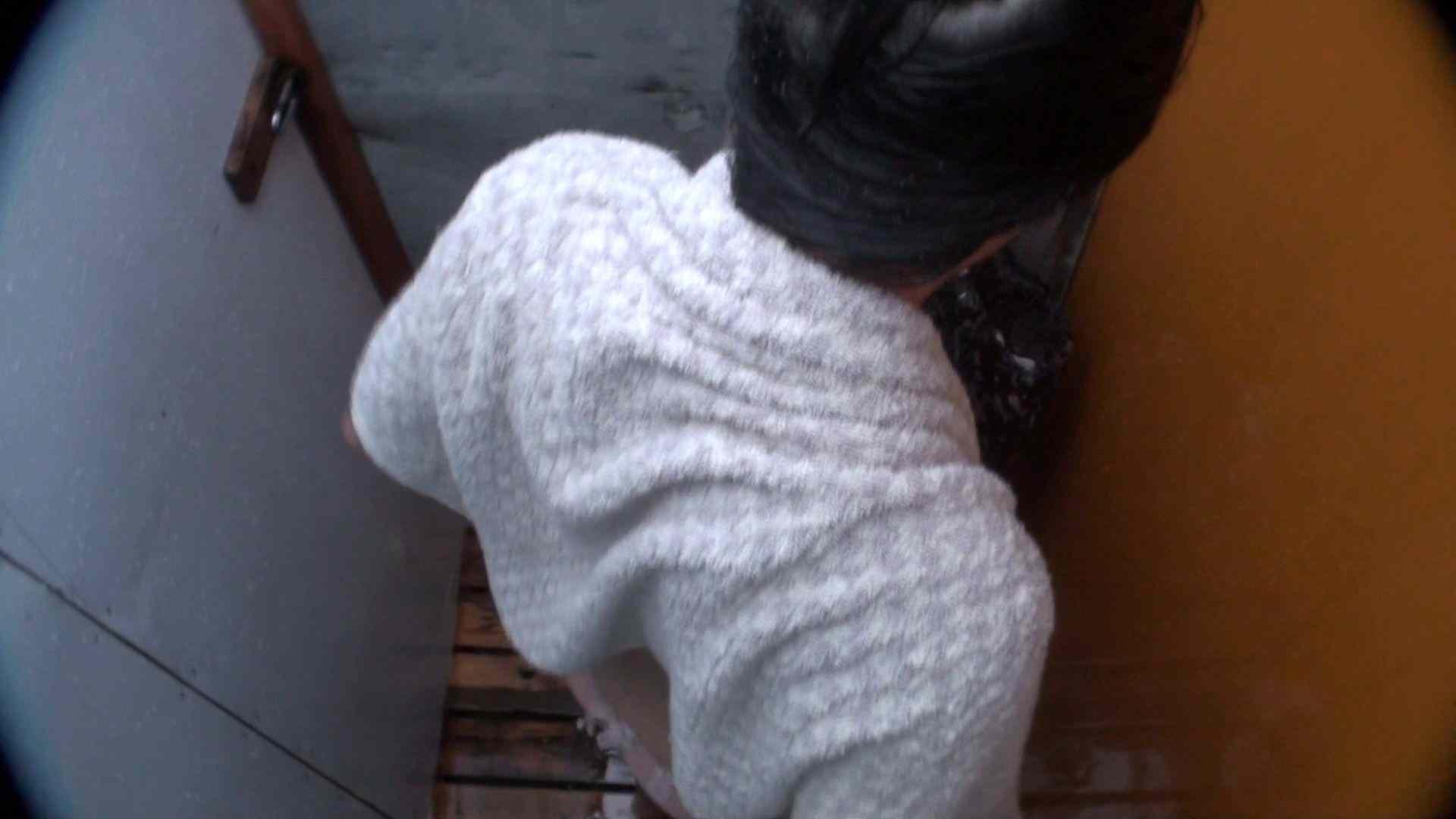 シャワールームは超!!危険な香りVol.21 オメメぱっちり貧乳ギャル鼻くそほじっても可愛いです 脱衣所の着替え  57画像 40