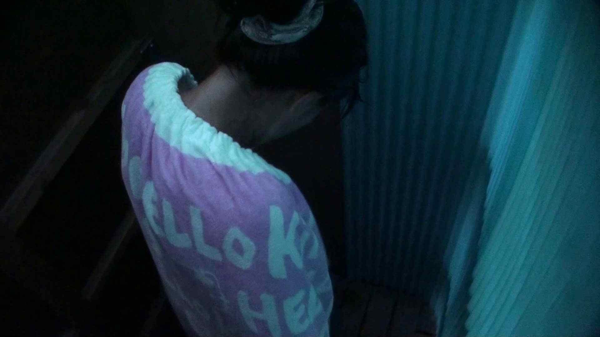 シャワールームは超!!危険な香りVol.26 大学生風美形ギャル 暗さが残念! ギャルのエロ動画 | 高画質モード  95画像 45
