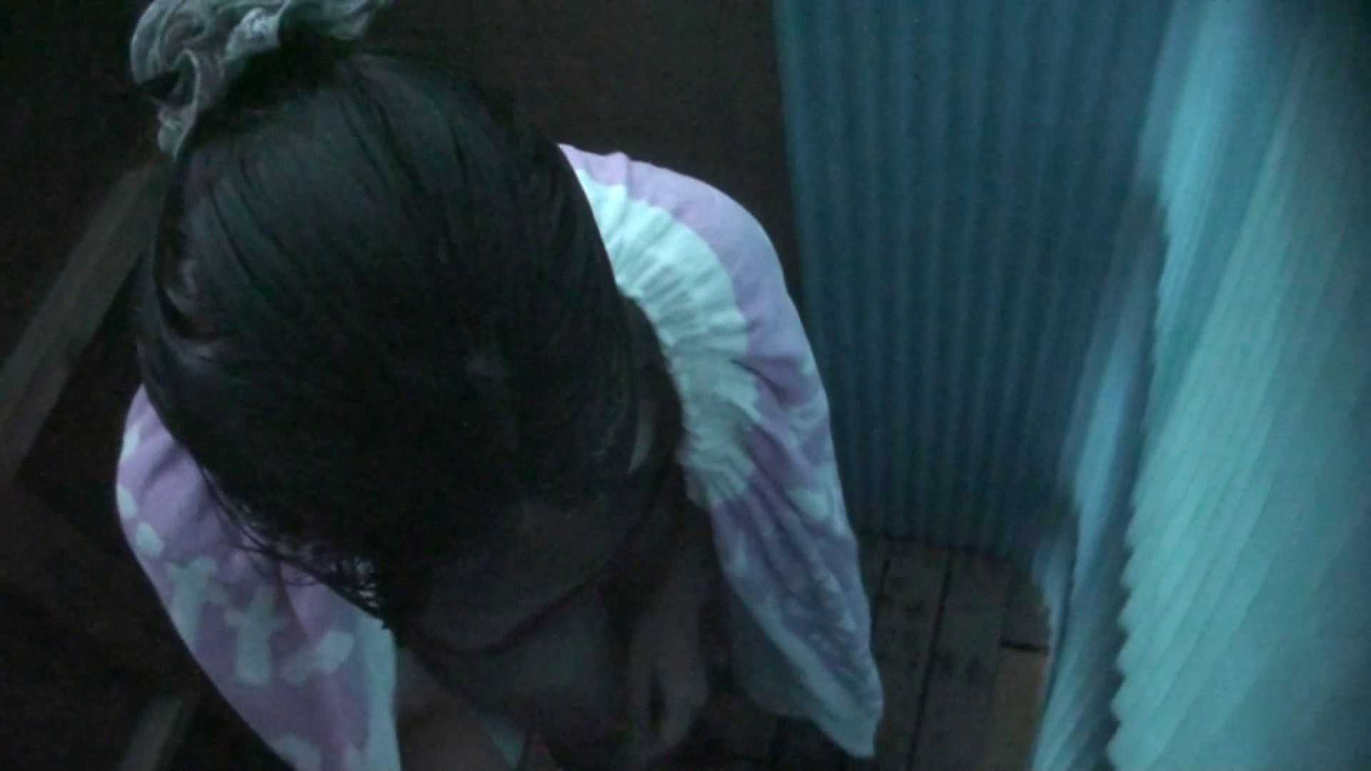 シャワールームは超!!危険な香りVol.26 大学生風美形ギャル 暗さが残念! 脱衣所の着替え 女性器鑑賞 95画像 59