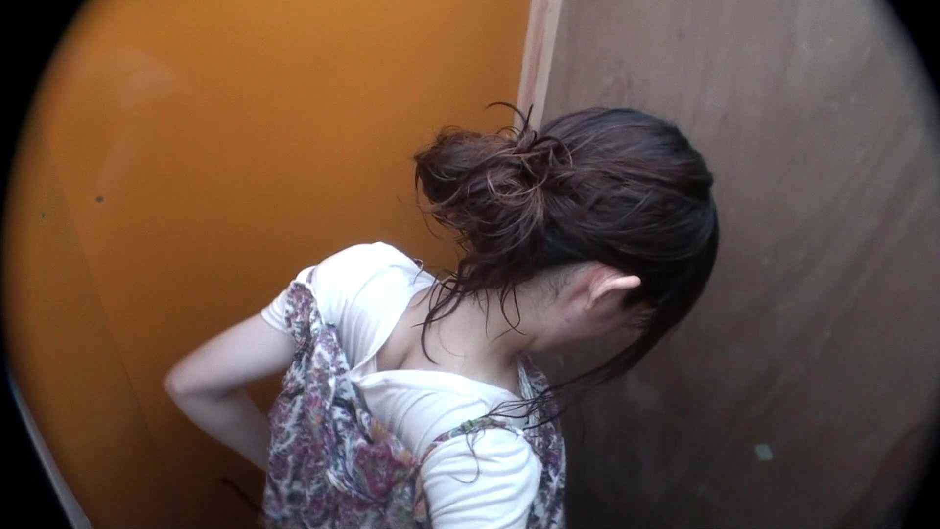 シャワールームは超!!危険な香りVol.29 こっちを向いて欲しい貧乳姉さん 脱衣所の着替え   貧乳編  85画像 13