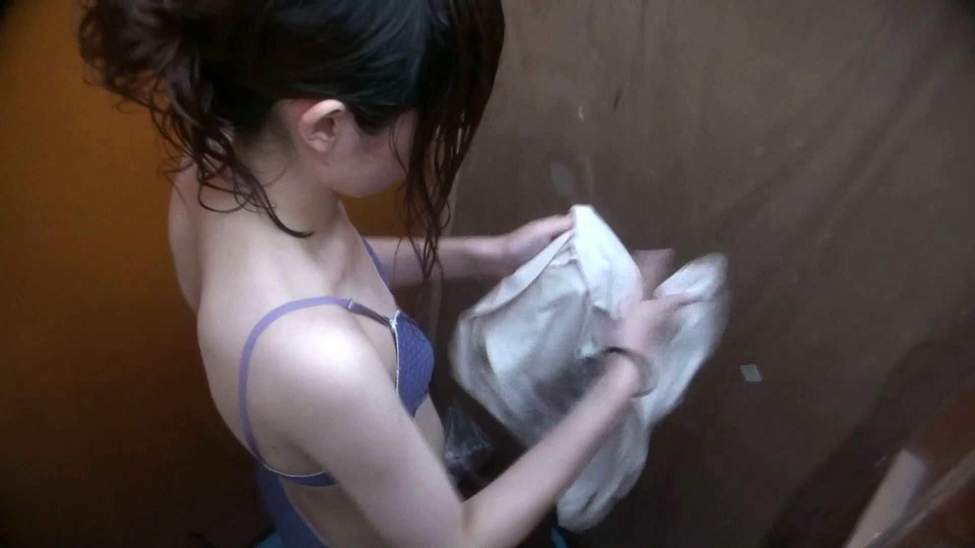 シャワールームは超!!危険な香りVol.29 こっちを向いて欲しい貧乳姉さん 高画質モード オマンコ無修正動画無料 85画像 79