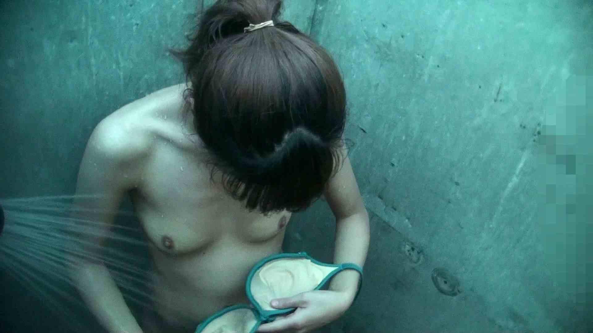 シャワールームは超!!危険な香りVol.30 甘栗剥いちゃいました 高画質モード | 脱衣所の着替え  56画像 7