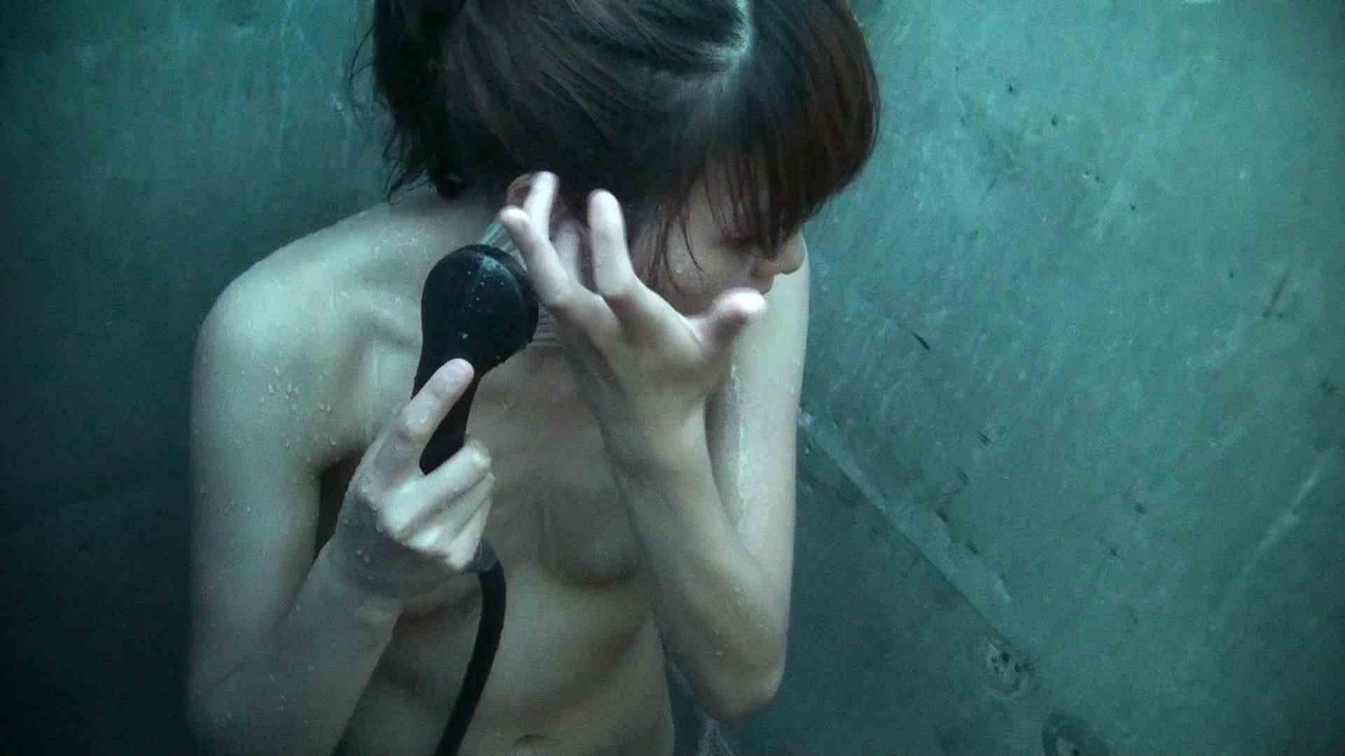 シャワールームは超!!危険な香りVol.30 甘栗剥いちゃいました 高画質モード | 脱衣所の着替え  56画像 31