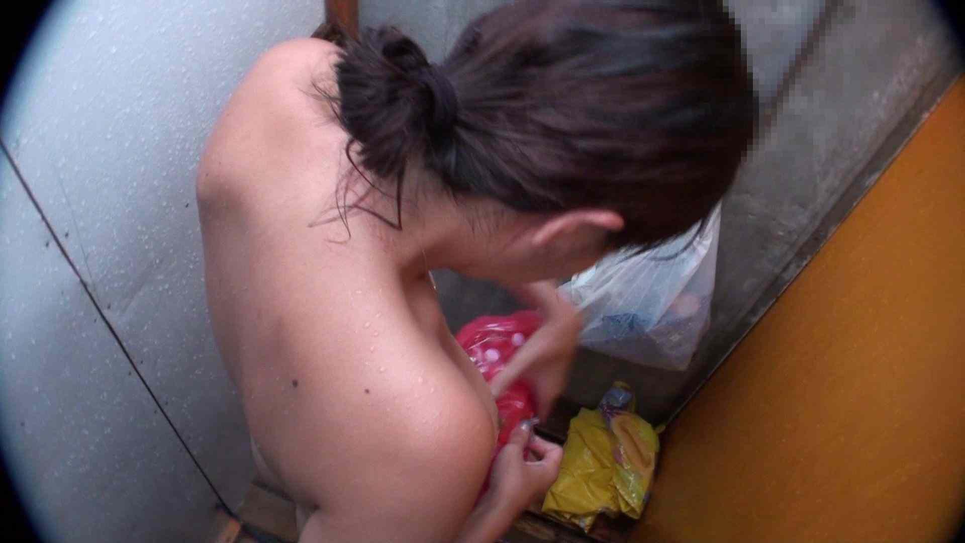 ハイビジョンシャワールームは超!!危険な香りVol.31 清楚なママのパンツはティーバック 脱衣所の着替え  103画像 66