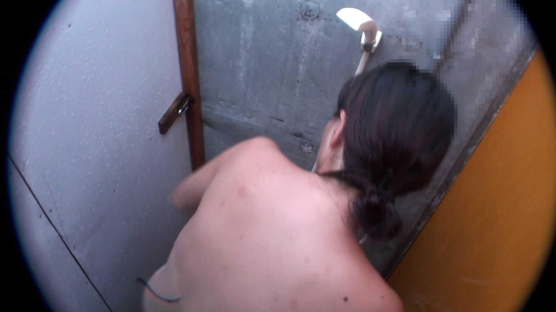 ハイビジョンシャワールームは超!!危険な香りVol.31 清楚なママのパンツはティーバック 脱衣所の着替え  103画像 102