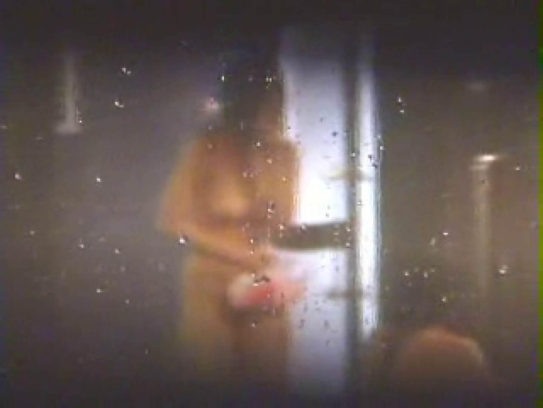 覗きの穴場 卒業旅行編02 女子風呂盗撮  84画像 42