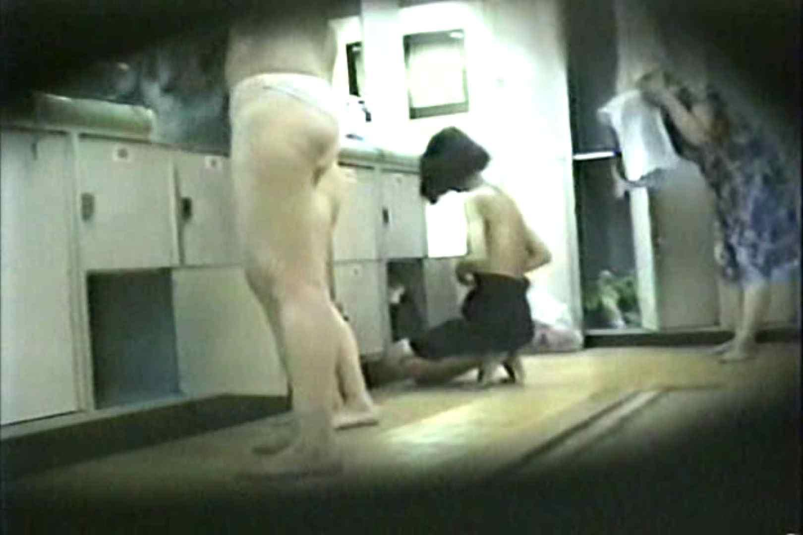 女性だからここまで撮れた 脱衣所盗撮 TK-96 盗撮特集  57画像 35