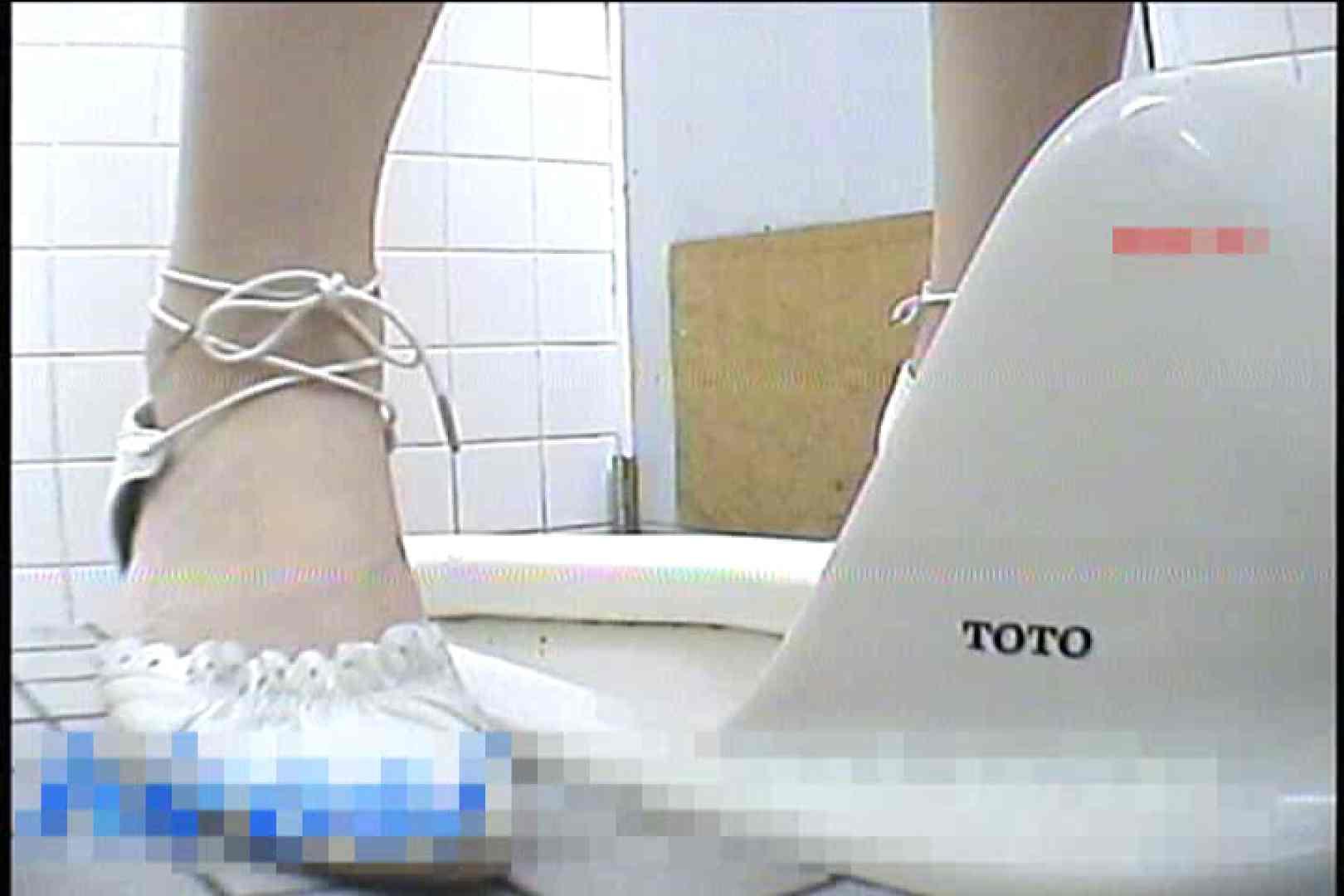 2点盗撮洗面所潜入レポートVol.3 洗面所はめどり  89画像 10