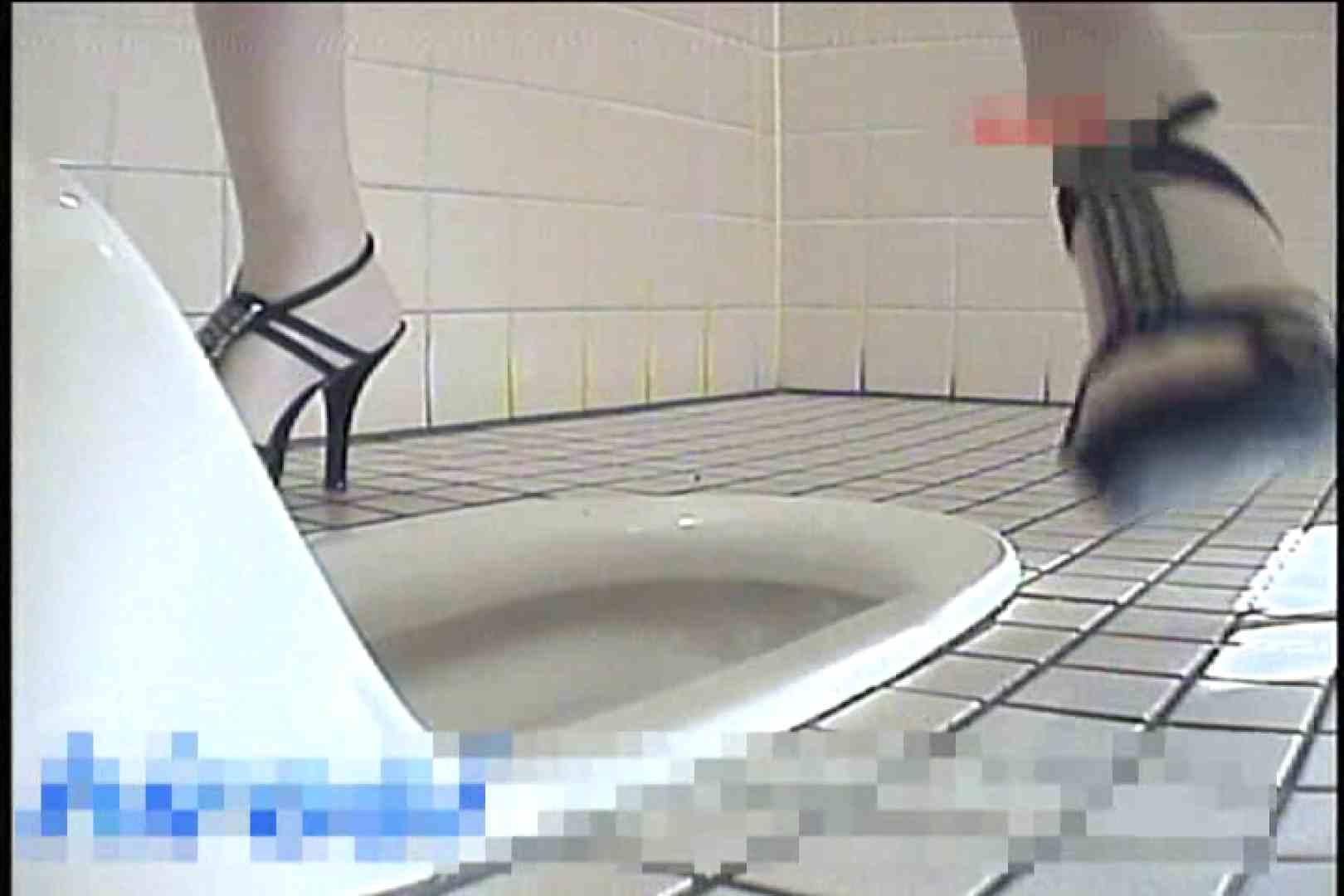 2点盗撮洗面所潜入レポートVol.3 洗面所はめどり  89画像 30