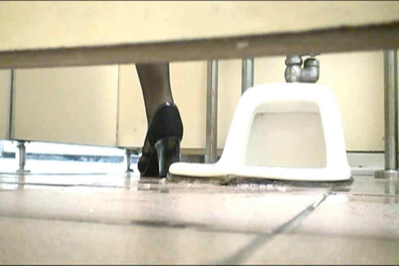 マンコ丸見え女子洗面所Vol.18 洗面所はめどり のぞき動画キャプチャ 84画像 77