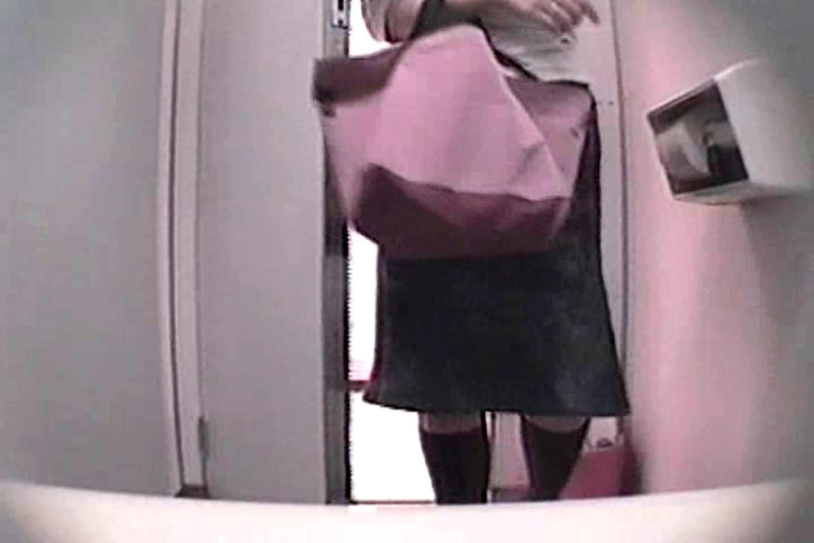 個室狂いのマニア映像Vol.4 洗面所はめどり   和式  61画像 19