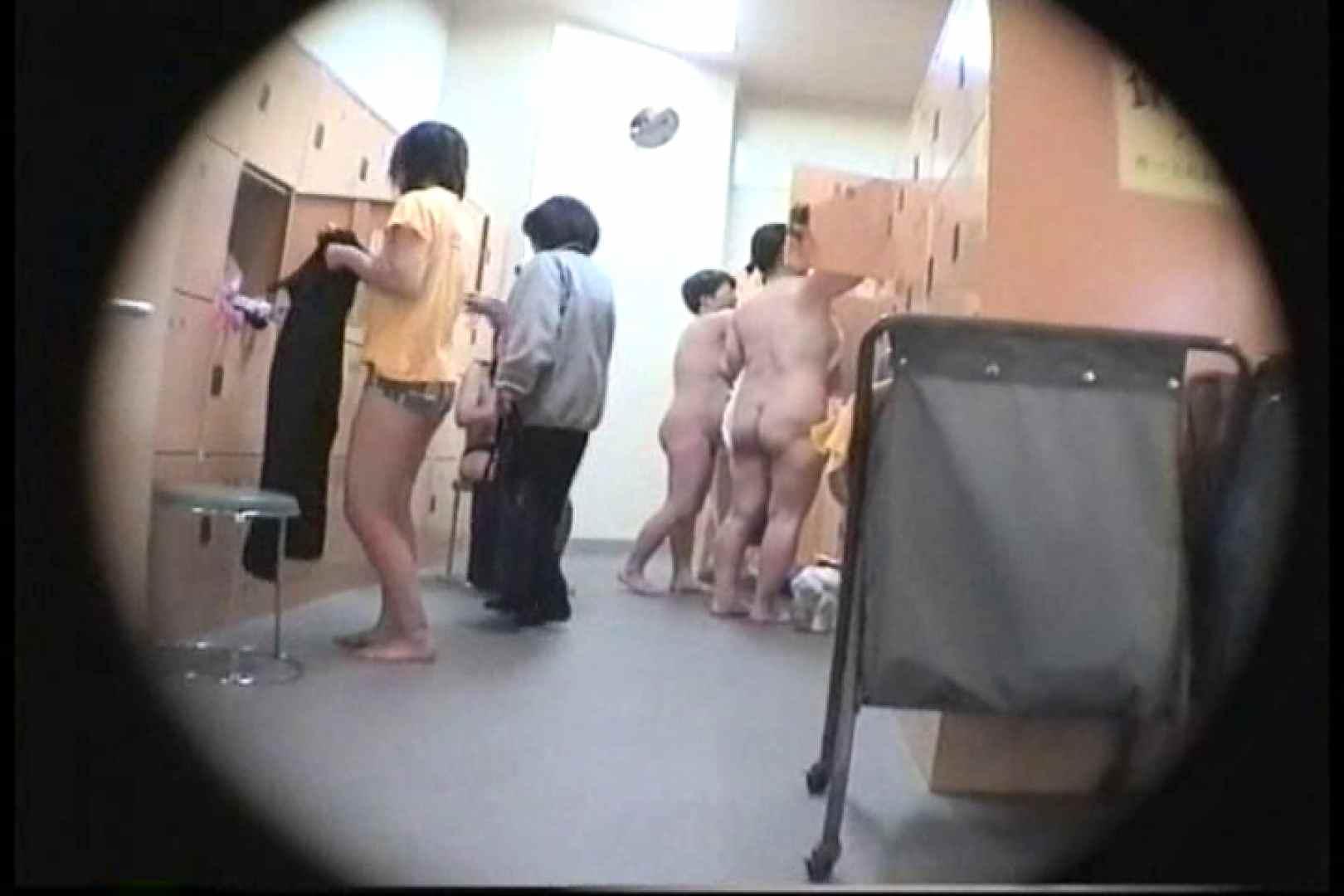 新女風呂49 脱衣所の着替え  103画像 81