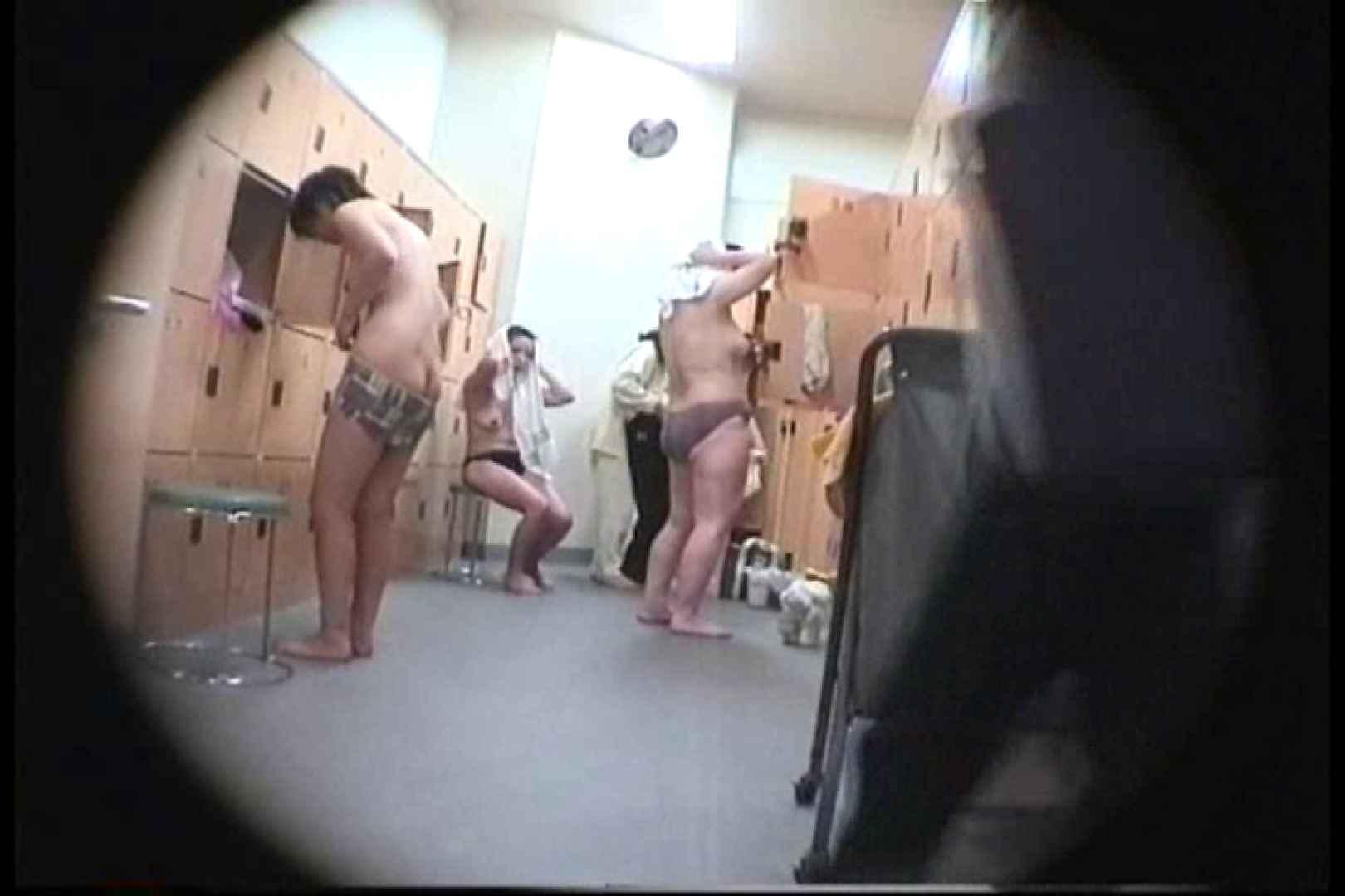 新女風呂49 脱衣所の着替え   女風呂の実態  103画像 82