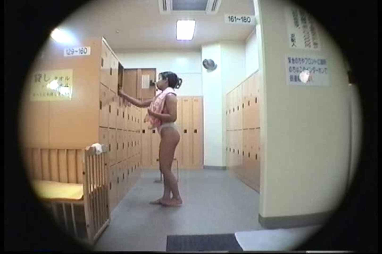 新女風呂49 脱衣所の着替え  103画像 90