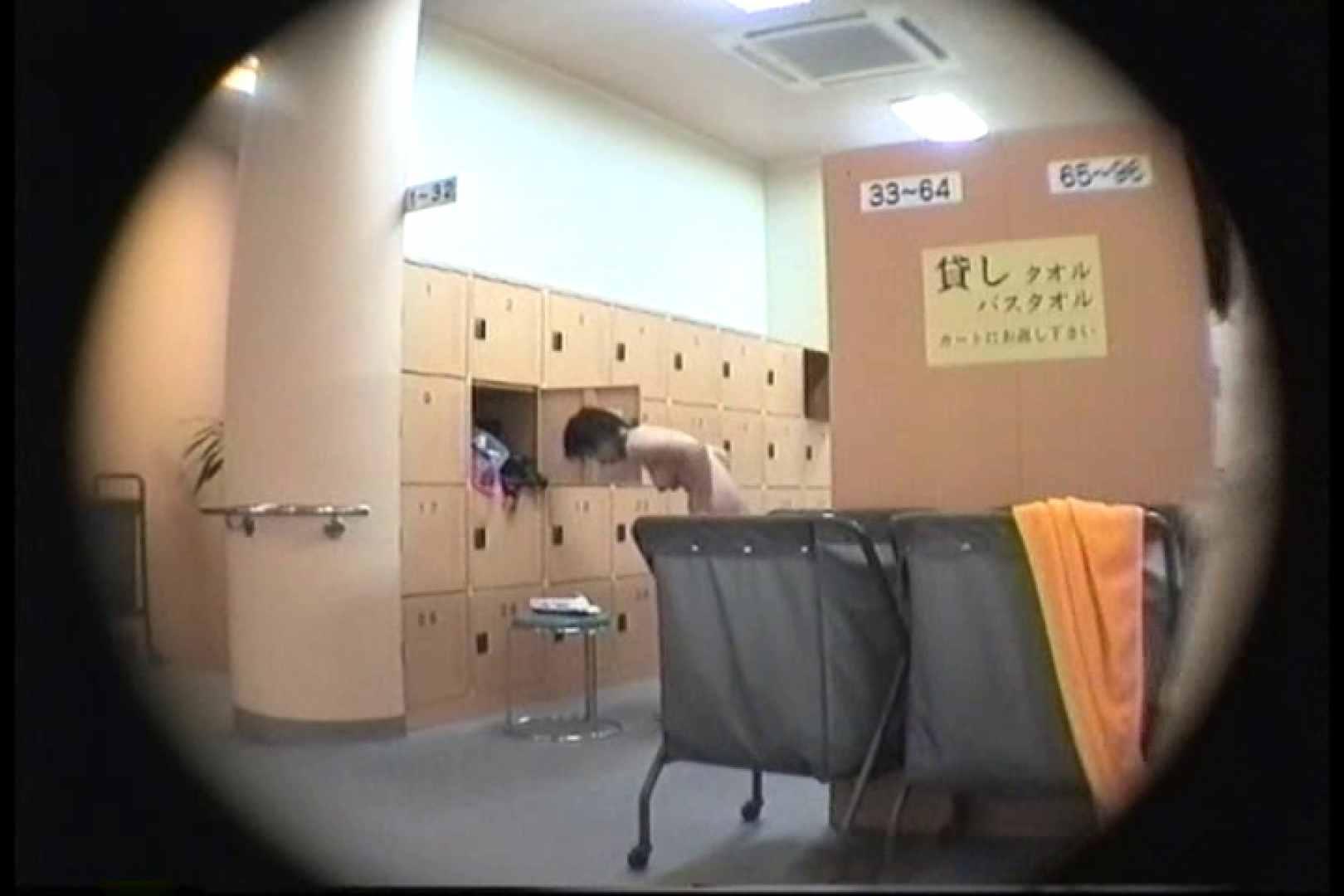 新女風呂49 脱衣所の着替え  103画像 93