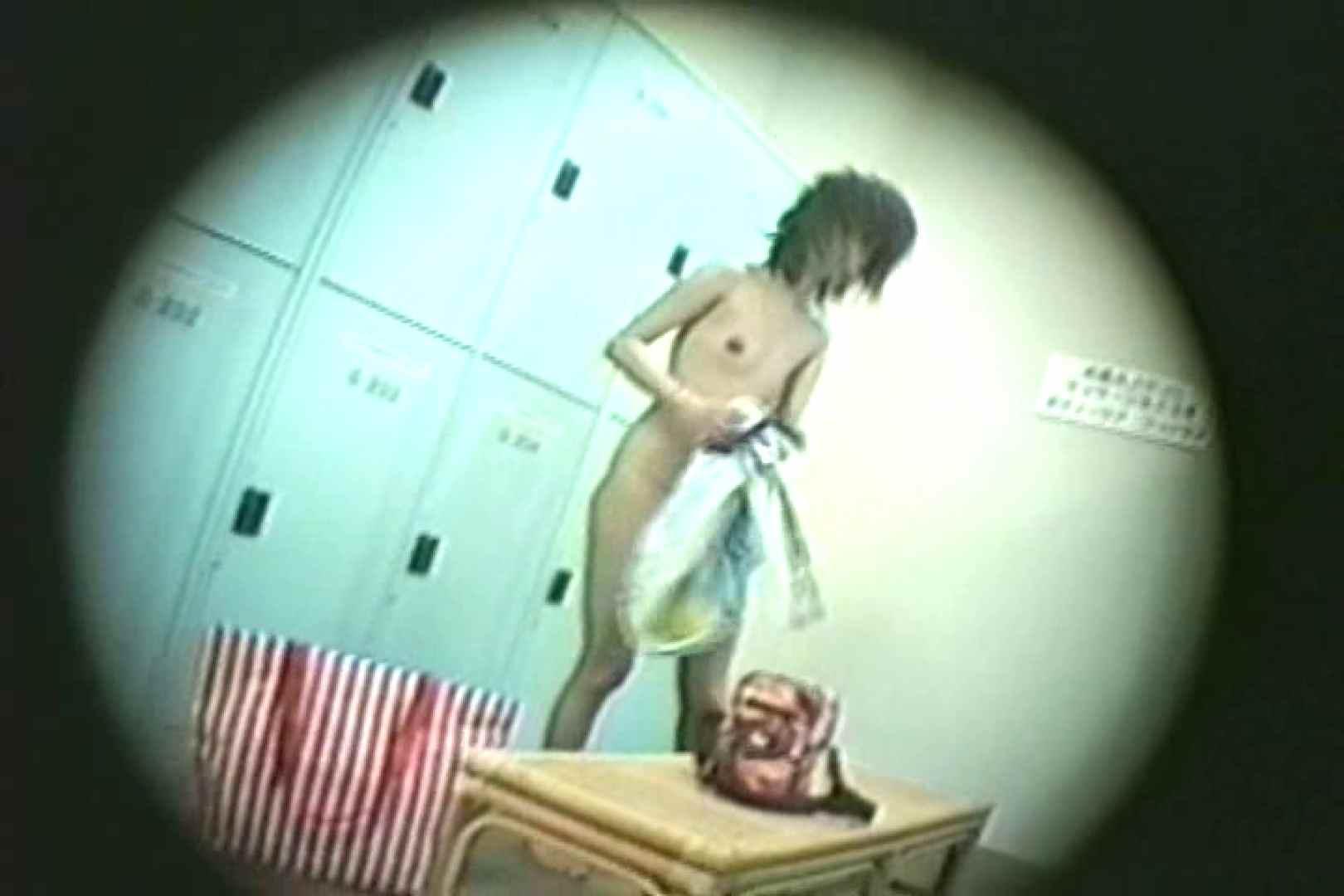 新女風呂35 脱衣所の着替え | 女風呂の実態  81画像 1