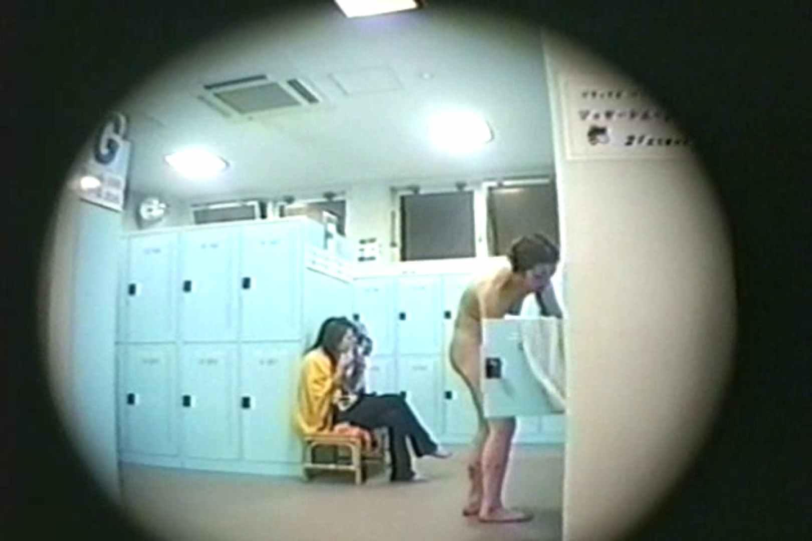 新女風呂35 脱衣所の着替え | 女風呂の実態  81画像 43