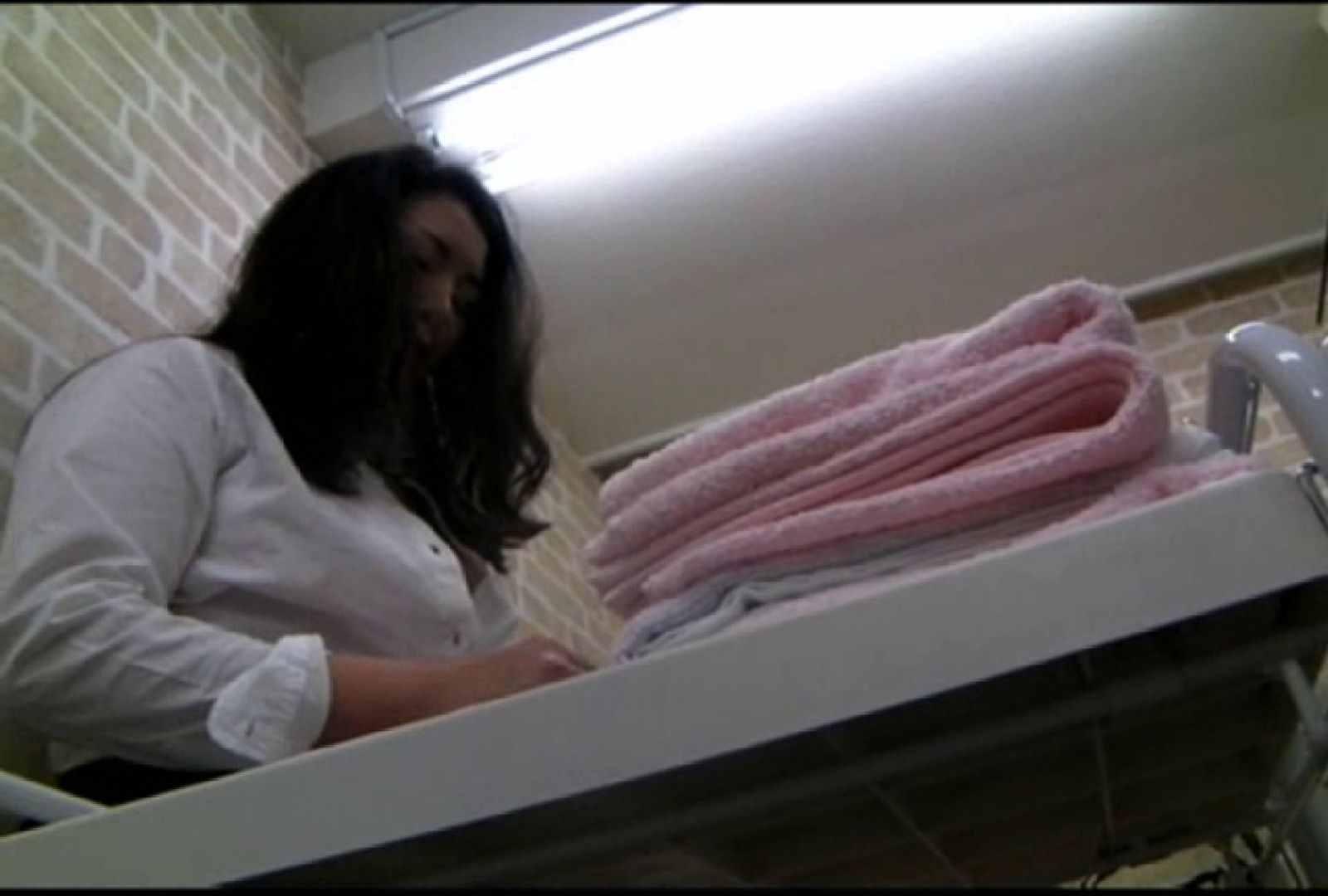 いきつけの美容院はノーブラ営業中!Vol.3 チラ オマンコ無修正動画無料 82画像 27