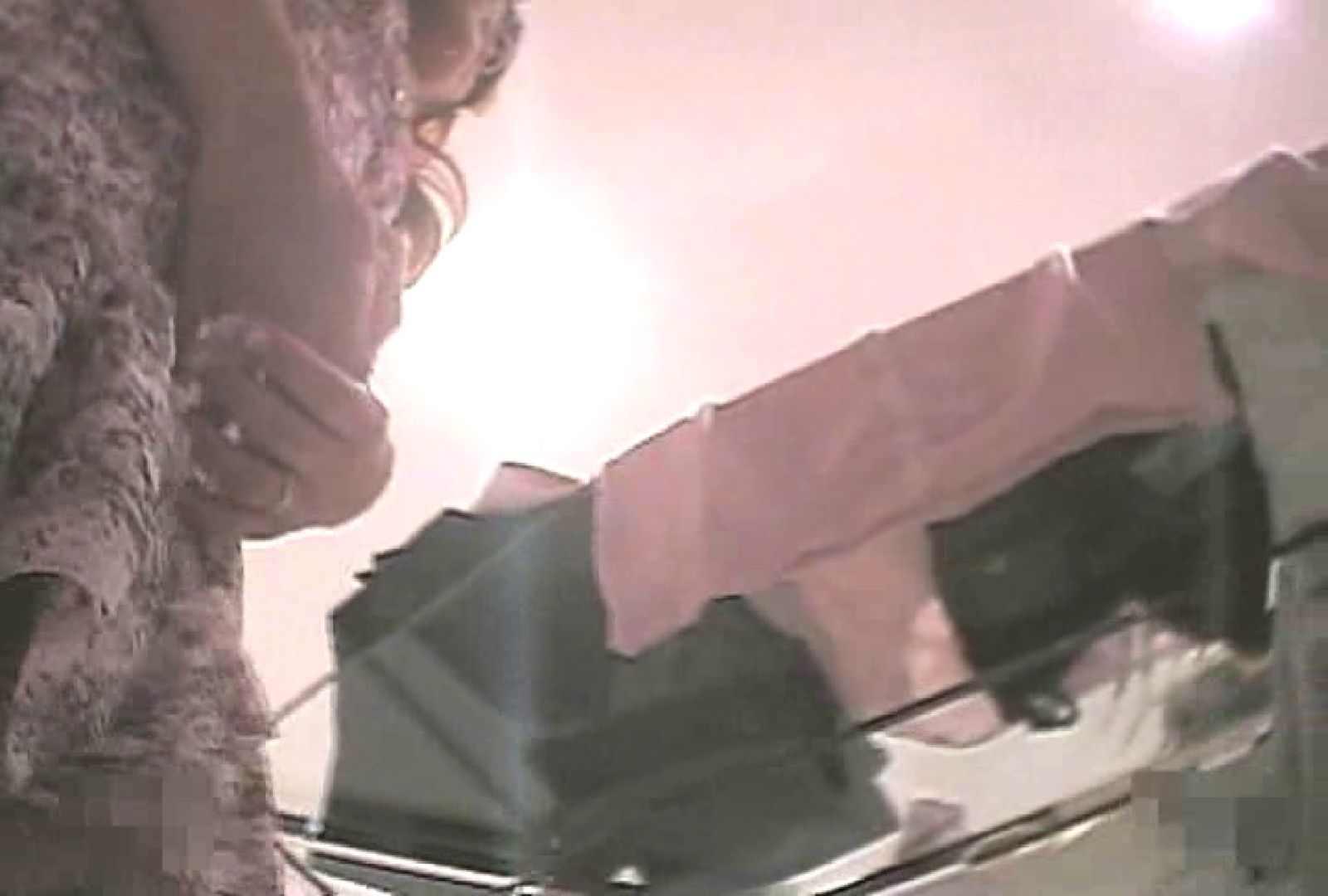 ショップギャルパンチラ!ただ今接客中!!Vol.16 覗き   ギャルのエロ動画  104画像 86