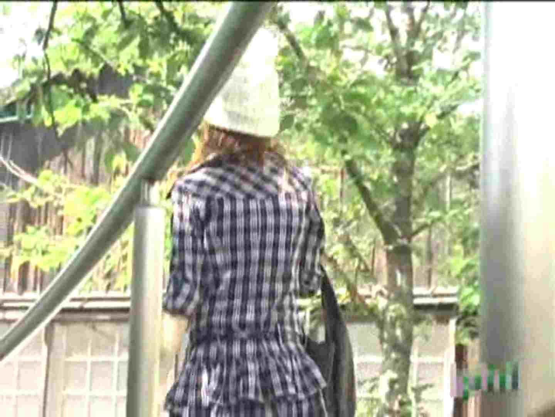 街行くギャルのパンツ事情!!Vol.3 ギャルのエロ動画   パンチラのぞき  57画像 1