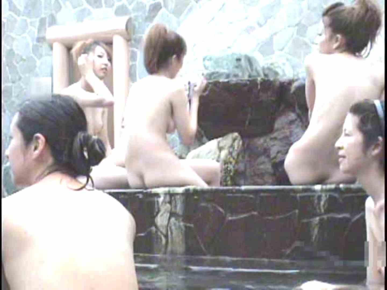 ギャル友みんなで入浴中!Vol.3 女子風呂盗撮 エロ無料画像 100画像 7