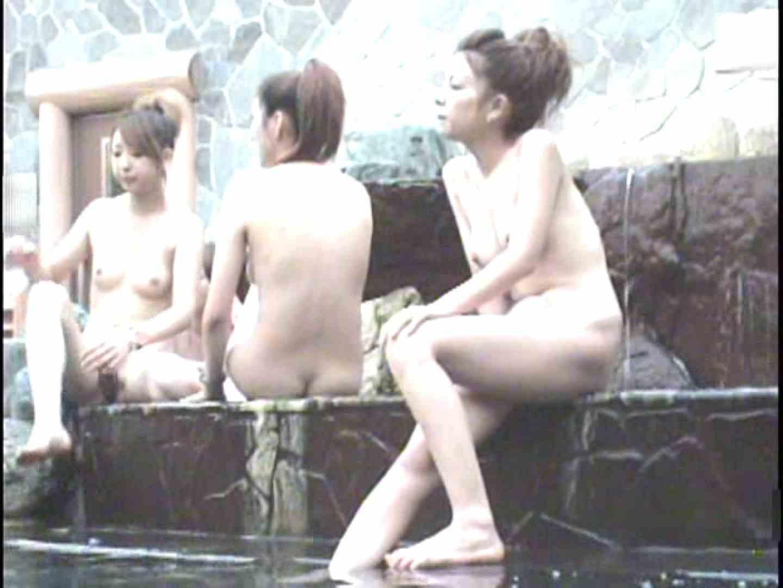ギャル友みんなで入浴中!Vol.3 女子風呂盗撮 エロ無料画像 100画像 11
