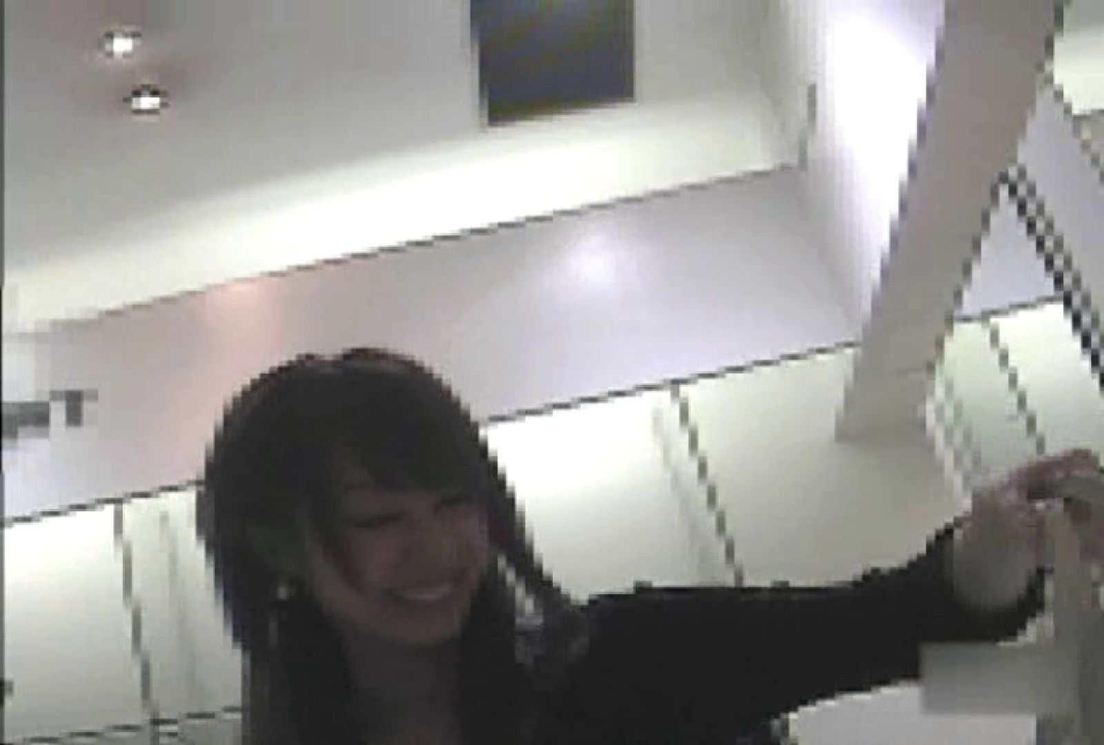 ショップ店員のパンチラアクシデント Vol.27 チラ オメコ無修正動画無料 59画像 43
