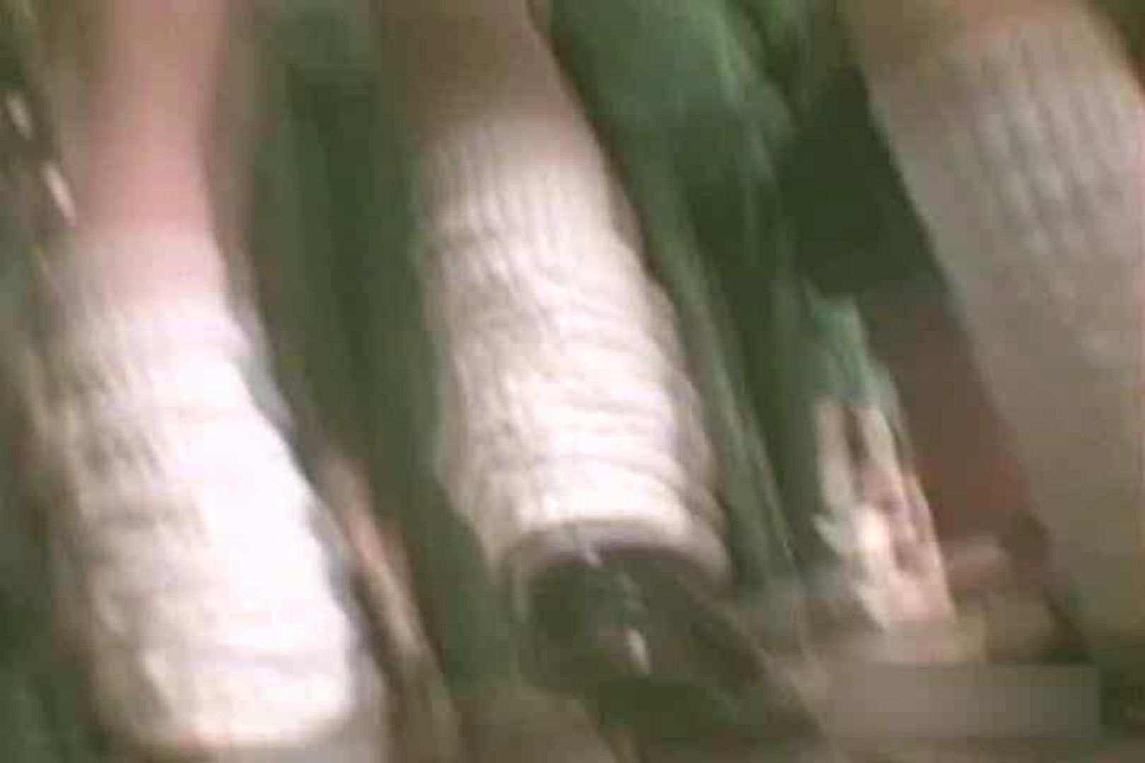 デパートローアングル徘徊 靴カメ盗撮 vol.14 車の中のカップル | 盗撮特集  60画像 16