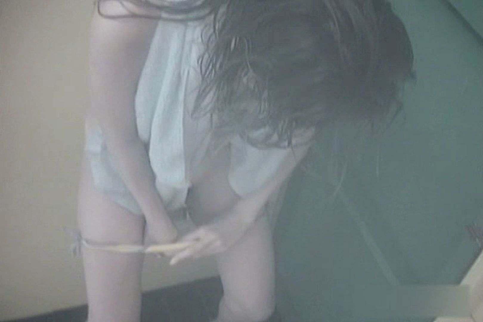 夏海シャワー室!ベトベトお肌をサラサラに!VOL.07 エロティックなOL | シャワー室  104画像 1
