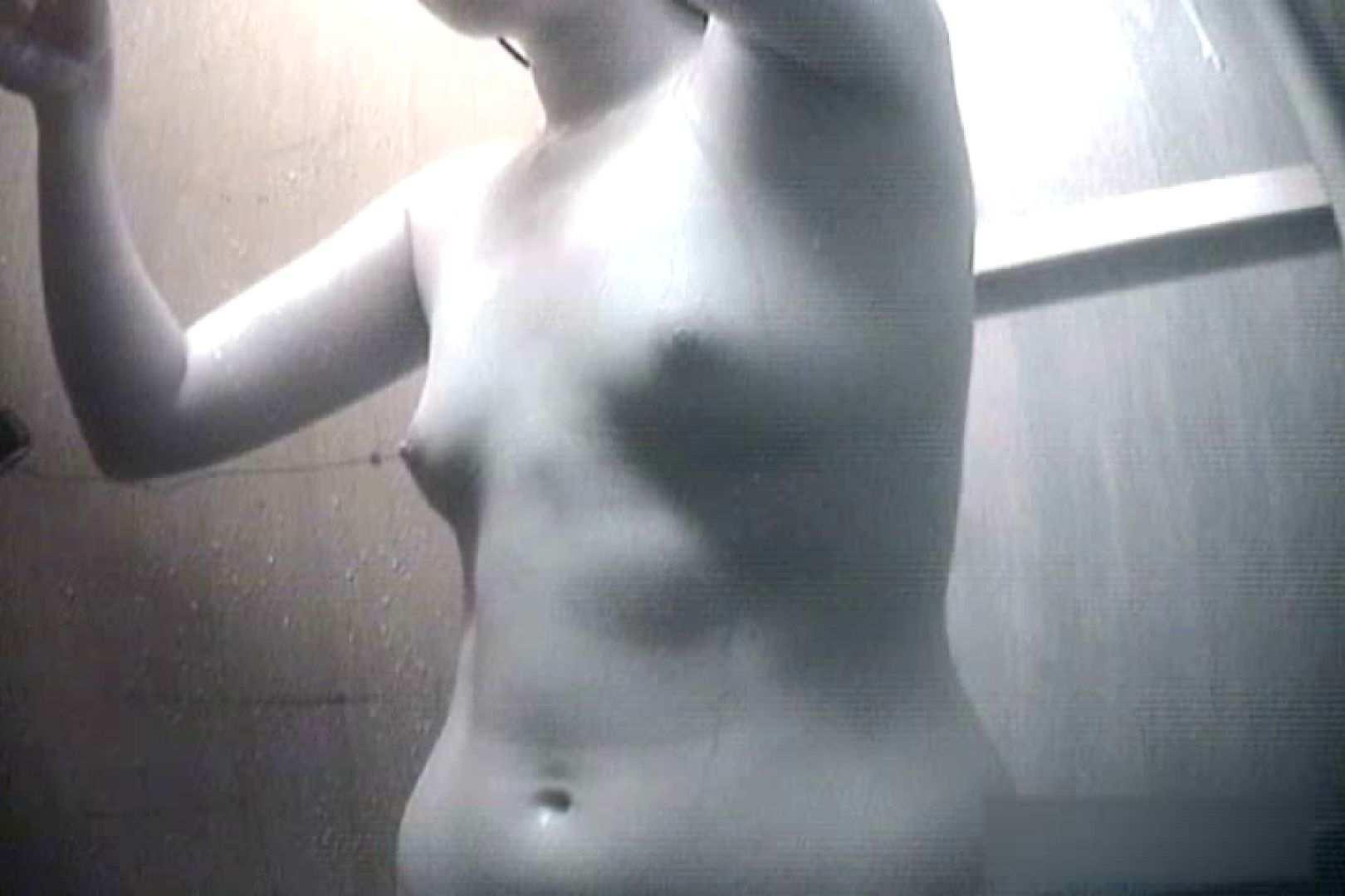 夏海シャワー室!ベトベトお肌をサラサラに!VOL.08 脱衣所の着替え  99画像 68