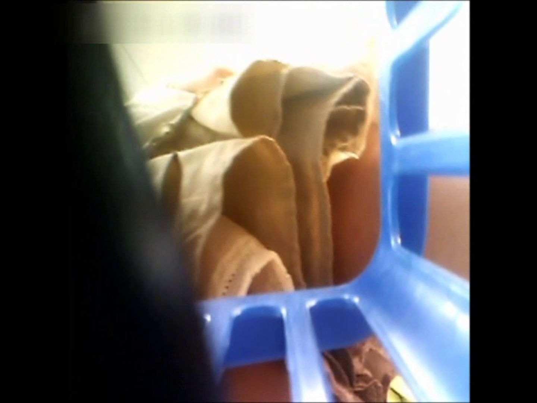 ぴざさん初投稿!「ぴざ」流逆さ撮り列伝VOL.24(一般お姉さん、奥様編) パンチラのぞき オメコ動画キャプチャ 95画像 82