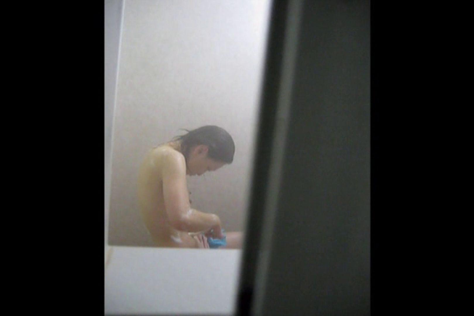 投稿者ハイロスさんのドキドキ覗き主観!VOL.01(一般女性5名 民家浴場編) エロティックなOL  66画像 20